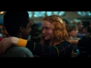 отрывок из сериала Очень Странные Дела Stranger Things Майк и Дина Одиннадцать танцуют и поцелуй