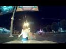 Пьяный мужик перекрывает дорогу. Калининград.