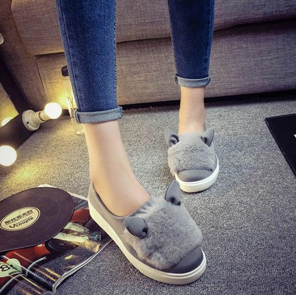 Волко Тапки  Ссылка: http://ru.aliexpress.com/item/Sweet-Heart-Slip-On-Women-Flats-Shoes-2015-Spring-Autumn-Rabbit-Ears-Canvas-Shoes-Fashion-Casual/32473647743.html