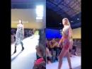 Fedez durante la sfilata di Versace SS19 a Milano ha condiviso sulle sue Instagram Stories il suo grandissimo amore per Gigi Had