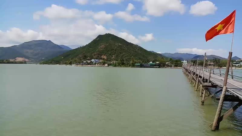 Деревянный мост в Нячанге