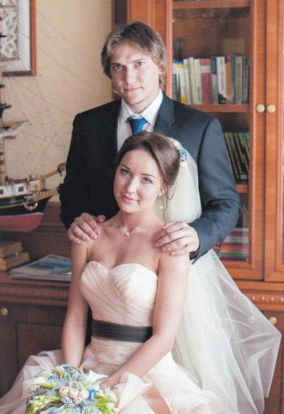 данис зарипов с женой фото