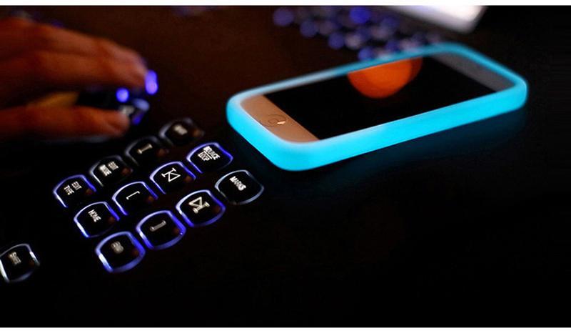 Светящийся чехол для любой модели телефона 050