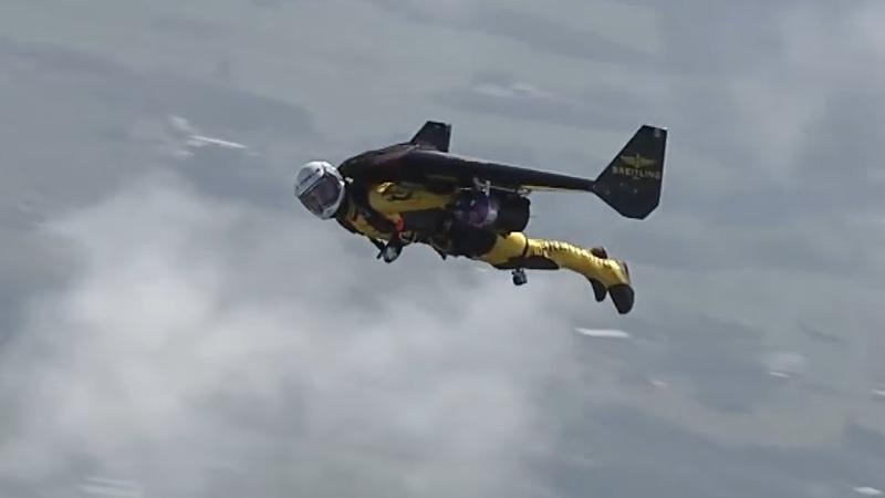 【ガチで凄い】これが世界の最新フライングマシーンだ2!This is the latest flying man in the wor