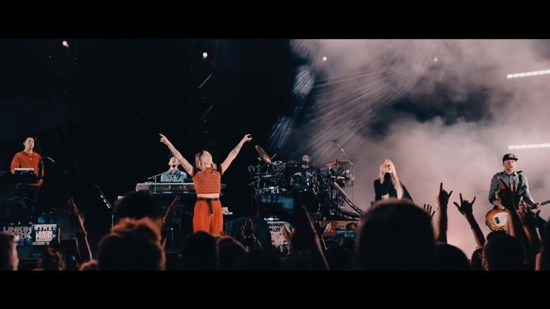 Linkin Park Julia Michaels - Heavy (Live Hollywood Bowl 2017)