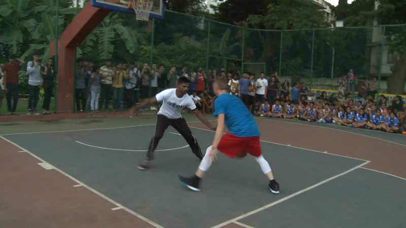 Professor Live - Professor 1v1 VS. Feisty India Pro Player... Game Gets Physical, NBA India Event (22-07-2019)