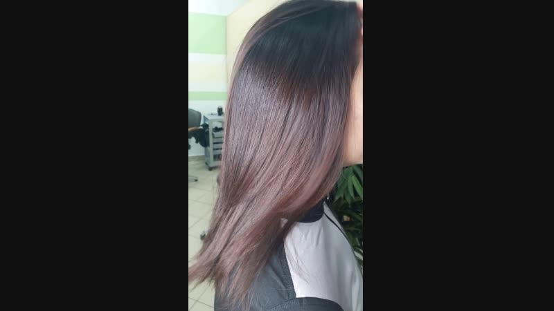Как я люблю эти волосы Помню , как они были почти до талии , роскошные, густые и абсолютно здоровые Длину фиганули не жалея