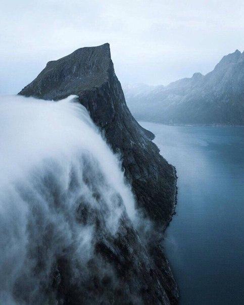 Роскошные пейзажи Норвегии - Страница 37 ZMr3s3wgVeU
