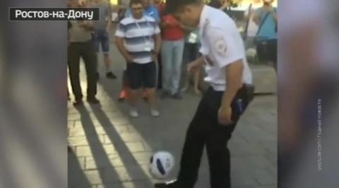 Полицейский из Ростова-на-Дону стал кумиром иностранных болельщиков