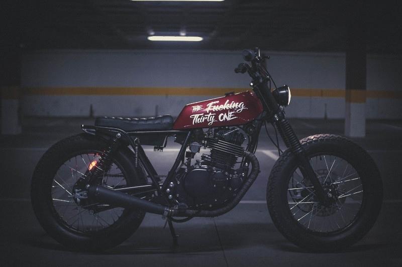Брэт-кастом Suzuki GN300