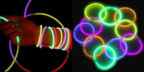 Картинка светящиеся браслеты