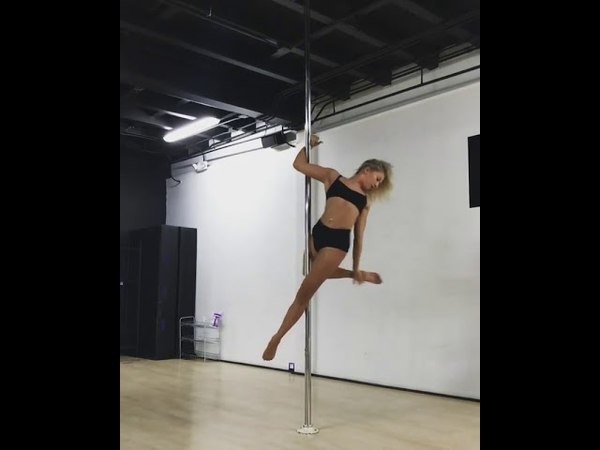 Pole Dance. Анастасия Скухторова.