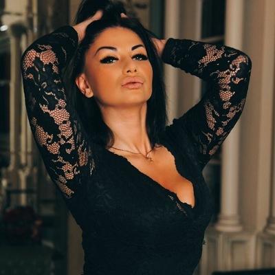 Лейла Попова