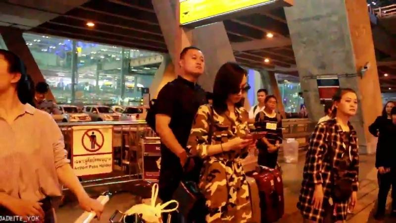 Victoria at Suvarnabhumi Airport (170910)