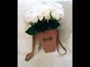 Букет из 21 белой розы в коробочке