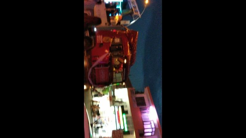 Video-3783653c5d69aa0aed3a88e2da949037-V.mp4