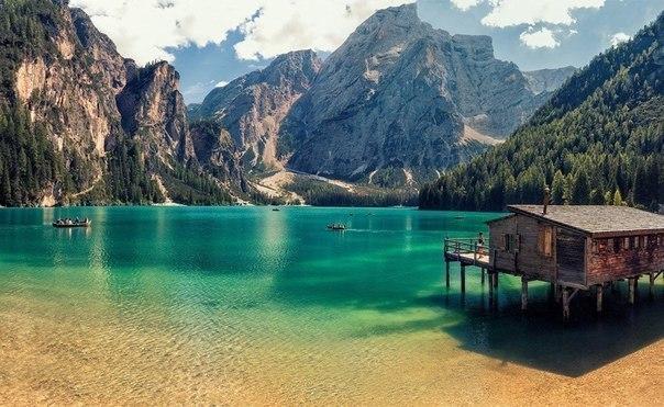 Прекрасное озеро, Брайес, Италия