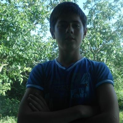 Назар Давлятов, 20 сентября 1999, Абакан, id224336845