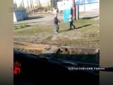 Водитель трамвая подрался с хулиганом. ЧП произошло на конечной остановке на улице Чичерина.