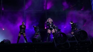 Beyonce Jay Z On The Run 2 - FLAWLESS / Feeling Myself / Naughty girl / l LIVE IN PARIS 15/07/2018