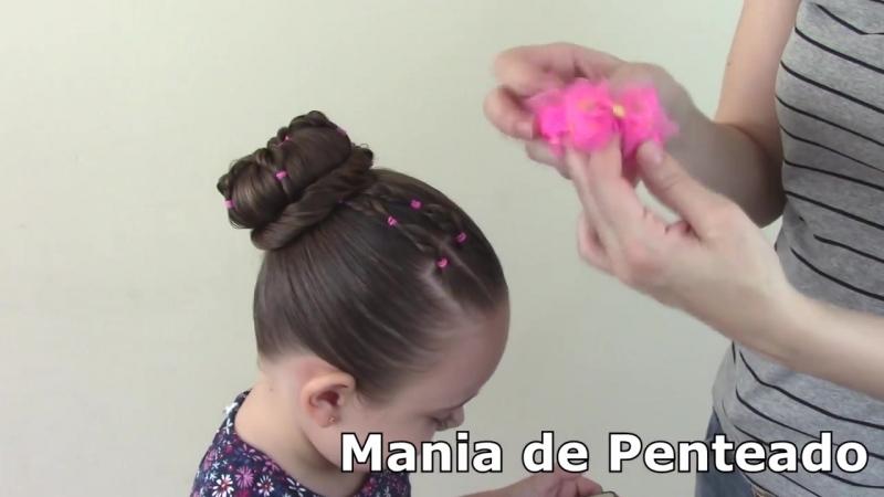 Penteado Infantil com ligas e coque em flor
