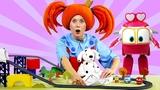 Поиграйка - РОБОТЫ-ПОЕЗДА в гостях у Царевны! - Видео с игрушками для детей