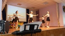 Танец стюардесс на выпускном 9-х