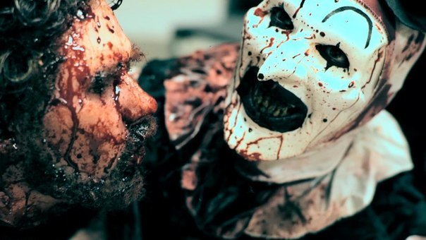 Подборка короткометражных фильмов ужасов.