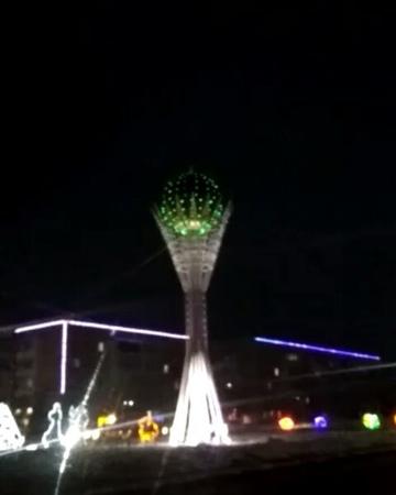 """Светодиодная иллюминация on Instagram: """"Частичка столицы в г.Лисаковск тоже в праздничном оформлении💥 ................................................"""