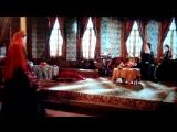 Хюррем султан идёт к Валиде султан (Айше-Хавса хатун)