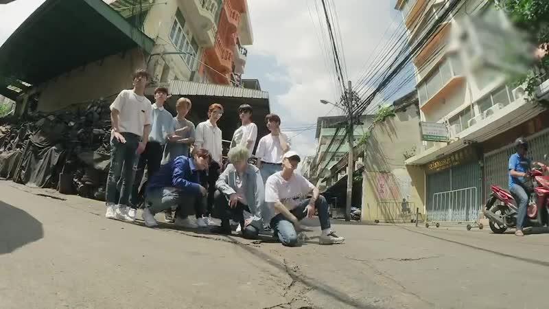 Stray Kids - 극과 극(NS) (Street Ver.)