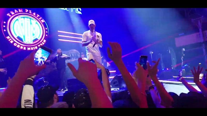 RAF Camora Bonez MC ft. Maxwell Nie ohne mein Team Live Frankfurt Festhalle [4K] PAP2 Tour