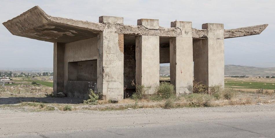 Советские автобусные остановки от фотографа Christopher Herwig