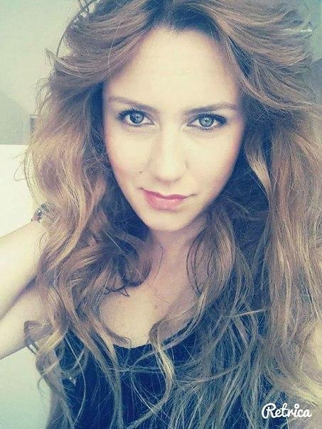 Elif Karatepe updated her profile picture: - XVIw1tMvbMU