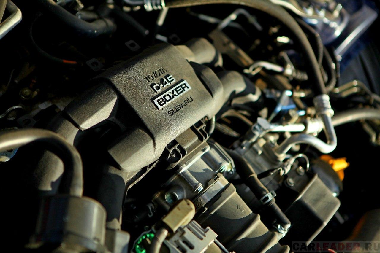 Участие компании Toyota в разработке этого мотора отразилось только лишь в виде надписи.