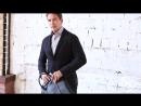 Двубортный блейзер и фактурный пиджак - отличная альтернатива верхней одежды в межсезонье