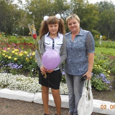 Лилия Овчинникова, 22 апреля 1977, Юрга, id182056797