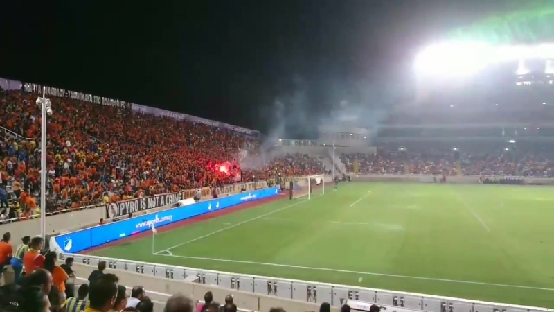 АПОЭЛ - Астана. Атмосфера на трибунах KZ Football