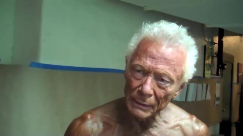 76 летний НАТУРАЛЬНЫЙ БОДИБИЛДЕР (RUS)