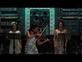 1004 (5) J. S. Bach / Helga Thoene - Partita No 2 in D minor, BWV 1004 5. Chaconne - Priscila Rato, Lina Mendes, Carol Faria