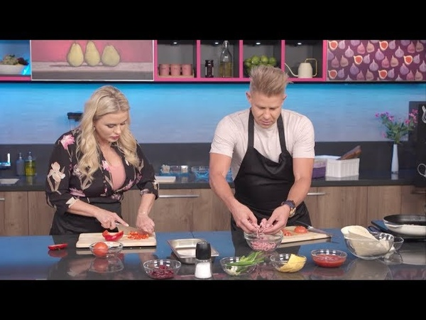 Кулинарное шоу «Разговор со вкусом» с Анной Семенович (Ru TV, выпуск 17, Митя Фомин)