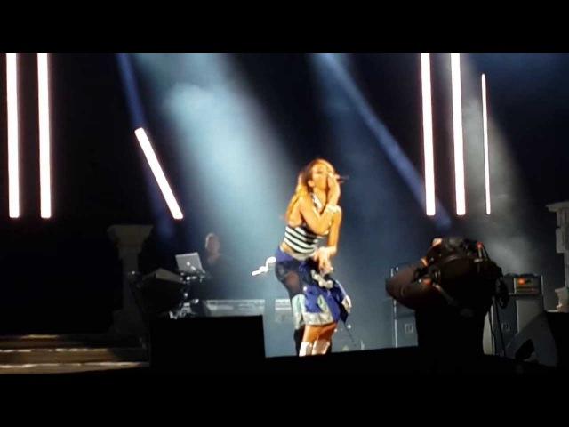 Rihanna - You Da One Man Down (Heineken Open'er Festival Poland Gdynia 7/07/13)