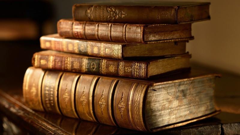 Бумага vs Цифры : За какой книгой будущее