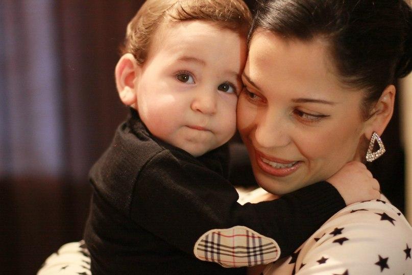 Фото тиграна и его ребенка