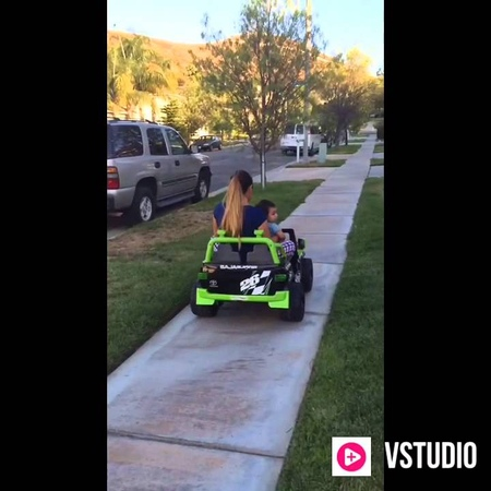 Mother daughter steals brother's Toyota Baja Power Wheels. Testing weight of this power wheels.