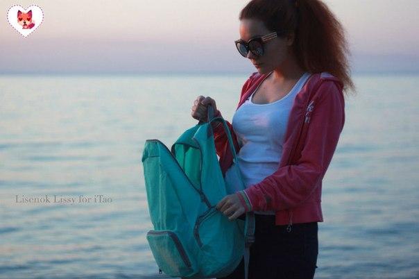 Голубой влагонепроницаемый рюкзак-трансформер бренда Chooci, в который влезет абсолютно всё