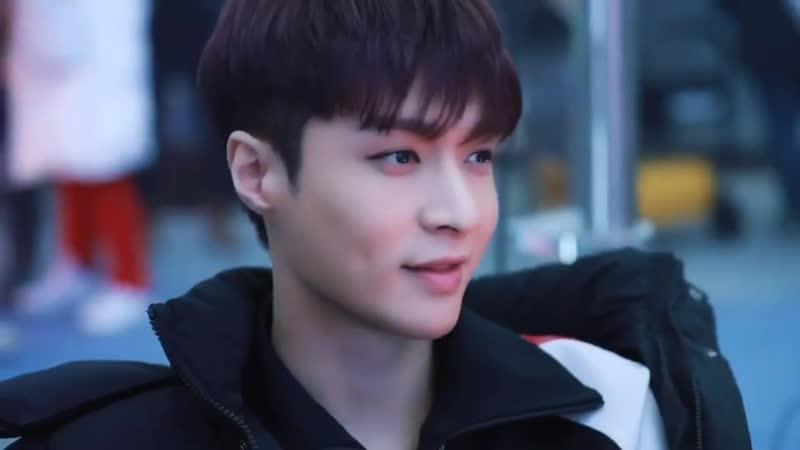 Zhang Yixing ( EXO / LAY ) - Xlog Blue 190117