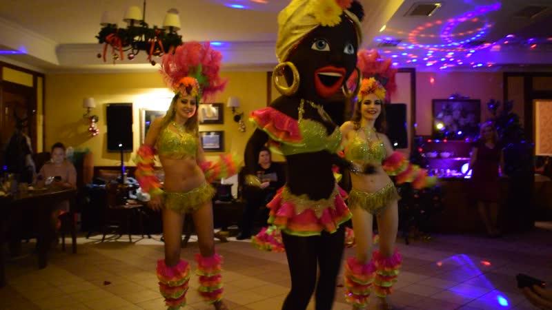 Зажигательная латина. Танец с африканкой. Видеограф Ирина Данилина.