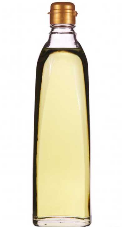 Масло виноградных косточек, которое можно использовать для приготовления медового бальзама для губ