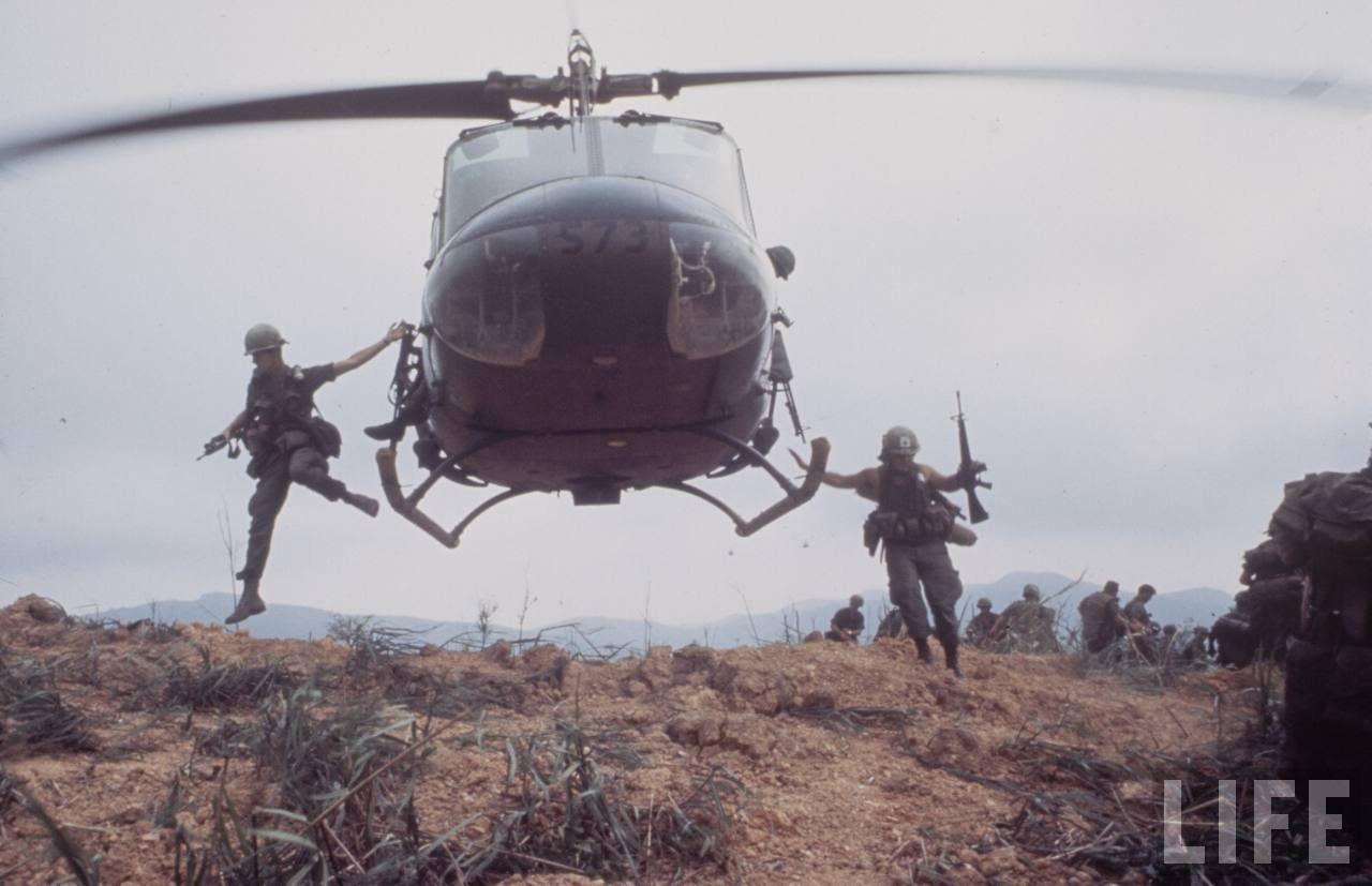 guerre du vietnam - Page 2 HArKmmizb3k